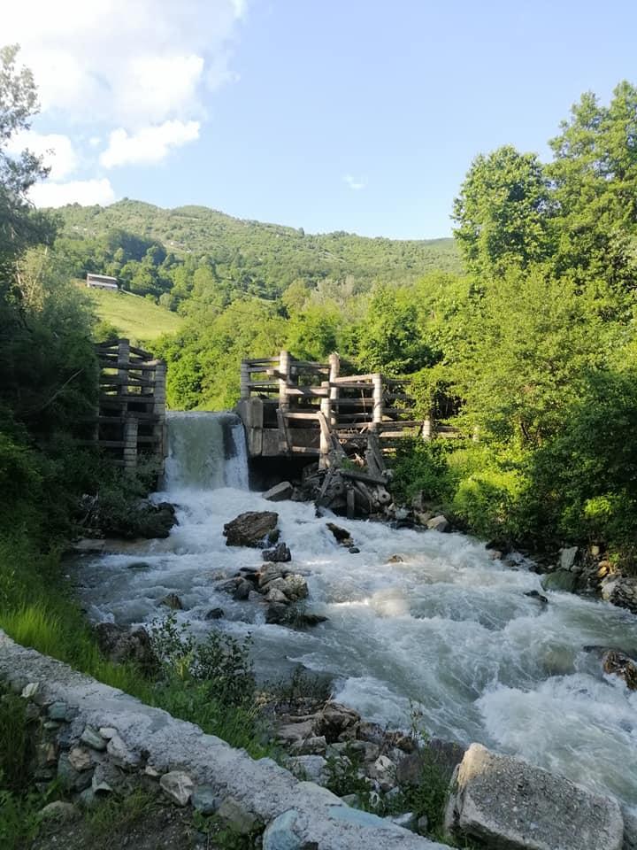 Photo of Во Тетово постои бања што државата не ја есапи, ама луѓето масовно ја користат