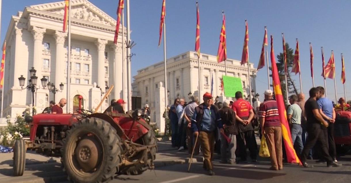 Photo of Земјоделски протести пред владата