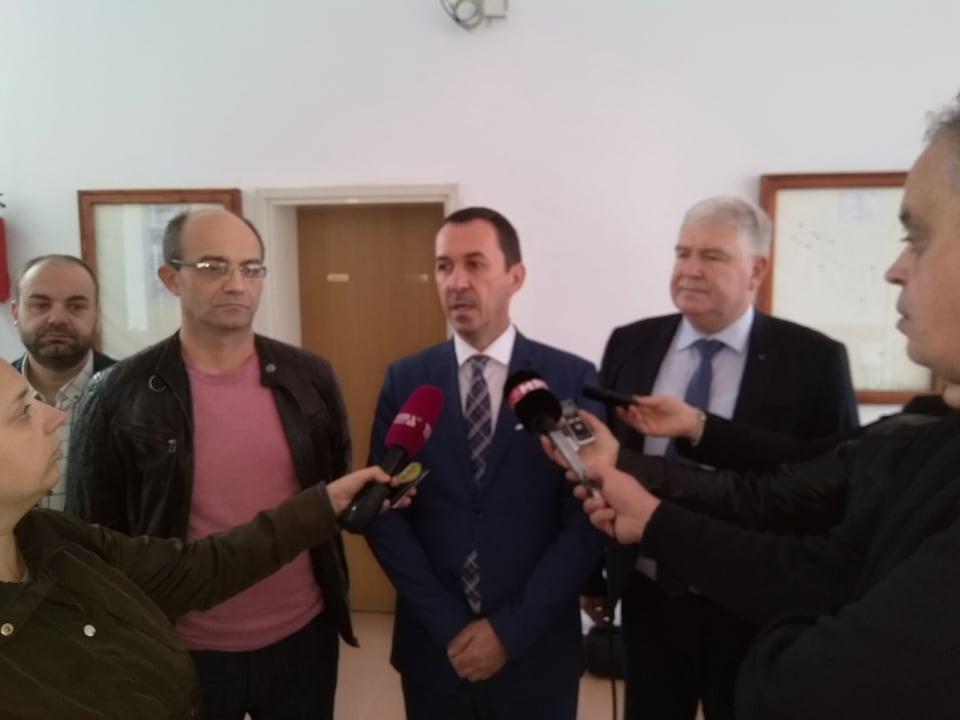 Photo of АД ЕСМ донираше 10 илјади евра за фотоволтаична централа на Техничкиот факултет во Битола