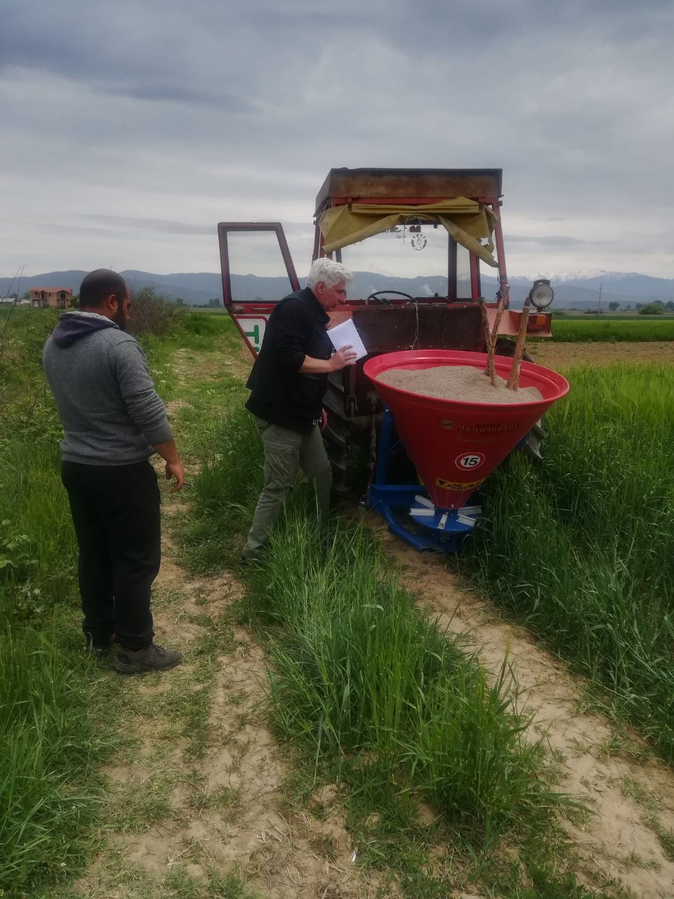 Photo of Соработката со земјоделците прави да растеме постојано!