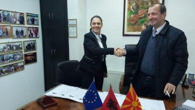 Photo of Општина Могила потпиша договор за прекугранична соработка со Општина Малик од Албанија