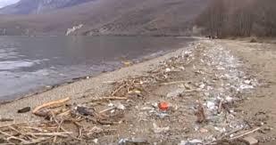 Photo of Еколошка катастрофа предизвикана од пластична амбалажа на брегот на Охридското Езеро