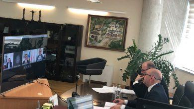 Photo of Министрите за земјоделство од земјите од Југоисточна Европа одржаа видео состанок за влијанието на вирусот КОВИД 19 врз земјоделството Димковски: Регионалната соработка е клучна во справувањето со последиците од глобалната пандемија врз земјоделството
