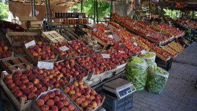 Photo of Пандемијата со Ковид 19 ги загрози продавачите на отворениот пазар во с. Росоман