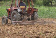 Photo of Земјоделците ја нарушуваат тишината додека траат карантините во тетовско