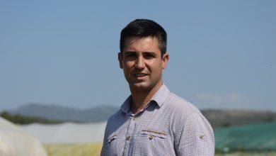 Photo of Педа земја не продавам – Петар Карагошев од Стојаково