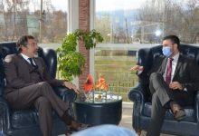 Photo of Македонија и Албанија потпишаа спогодба  за одржливо управување со рибниот фонд  во Охридското и Преспанското Езеро
