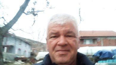 Photo of Тутунарот Лазар Гугулјанов се жали-Никој не ни дава кутии за предавање на тутунот во Прилепски комбинат