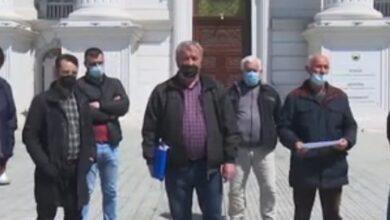"""Photo of На протест земјоделци од Арачиново и Гази Баба: """"Зошто во Ресен добиваат оштета, а ние не"""""""